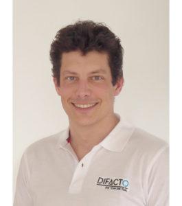 CEO DIFACTO